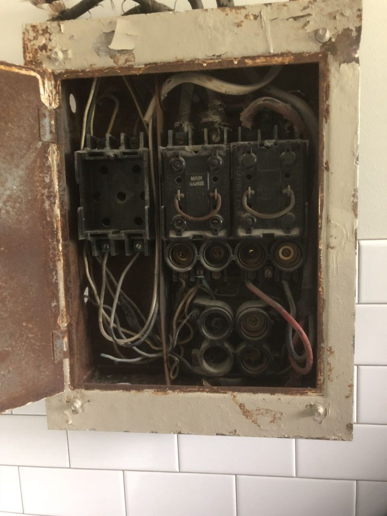 Reduce The Risk Of Fire In Your Home Upgrade Electrical Panel Wiring Circuitbreaker Electricalpanel
